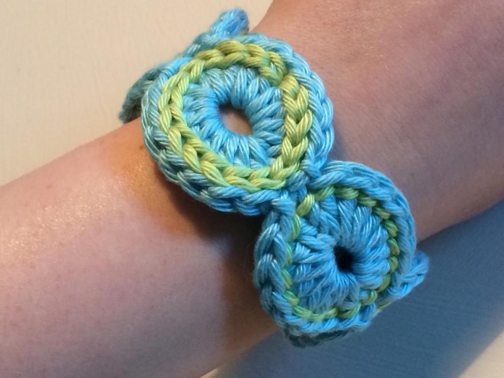 Gehäkeltes Armband (6)