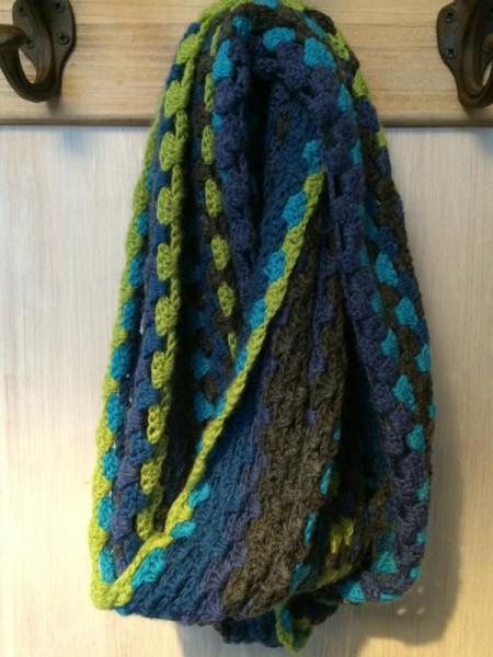 gehäkelter Schal