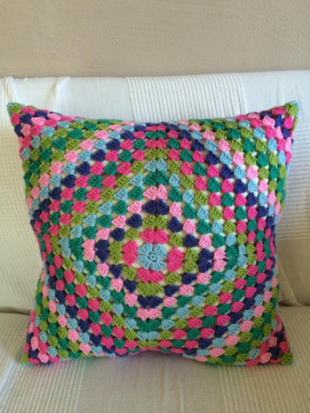 Crochet pillow cusion (1)