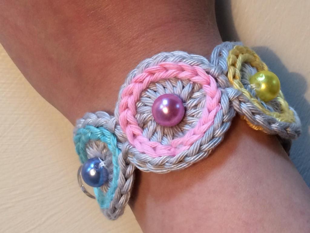 Gehäkeltes Armband (3)
