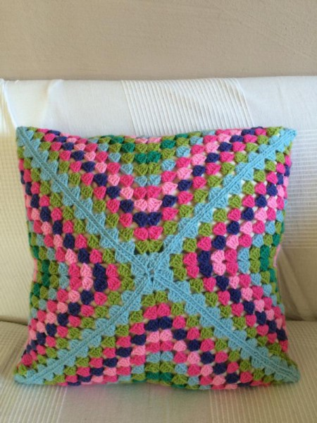 Crochet pillow cusion (2)