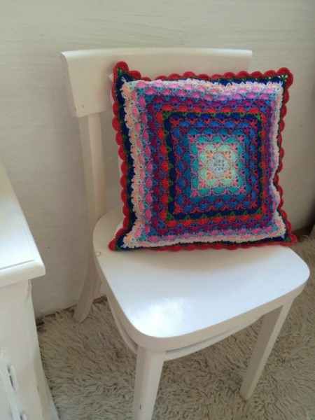 crochet pillow (2)