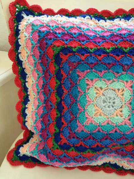 crochet pillow (4)