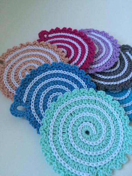 Crochet coaster (3)