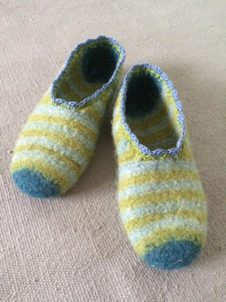 crochet slippers (2)