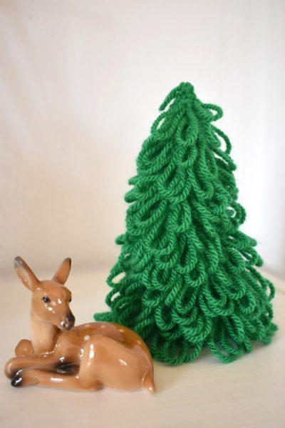 Schlaufiger Weihnachtsbaum Häkelfieber